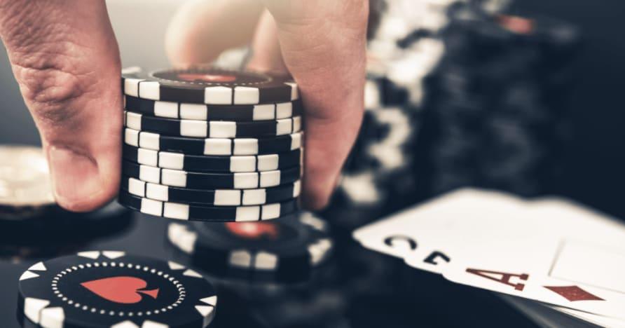 5 největších rozdílů mezi pokerem a blackjackem