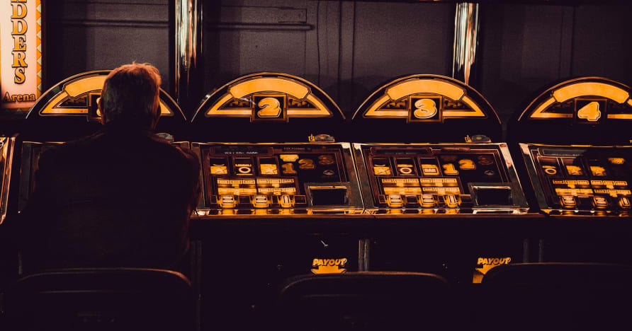 Hrajte s bitcoinovým mobilním automatem